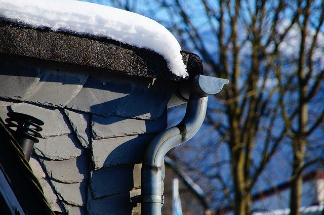 The Importance of Thorough Gutter Cleaning